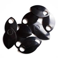 Šupiny velké černé